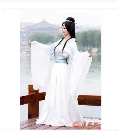 古装女款民族风装 古代淑女民族风 白色古代淑女裙 束腰古代裙子