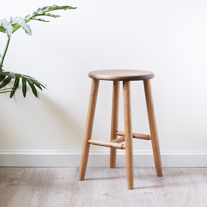 北欧复古凳子文艺设计家具黑胡桃木