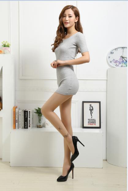 白袜子女生俱乐部-白丝袜 美女图片 美女图片