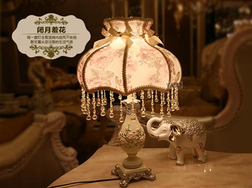 欧式美村 手绘陶瓷复古装饰床头卧室台灯