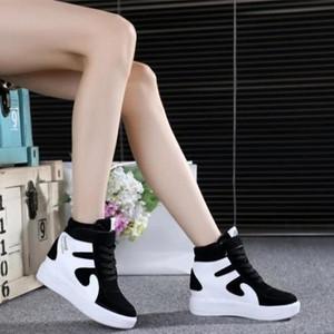 秋冬季加绒高帮鞋女新款韩版坡跟单鞋旅游运动休闲百搭内增高棉鞋