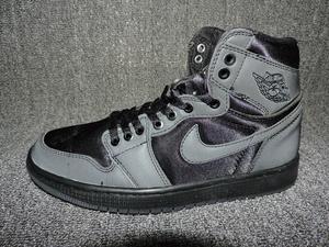 二手正品—NK AIR JORDAN 1 RETRO HIGH 3M籃球鞋41碼