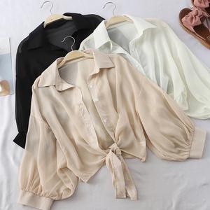 薄款防晒衬衫女夏季宽松蝙蝠开衫短款雪纺空调衫外搭小披肩学生潮