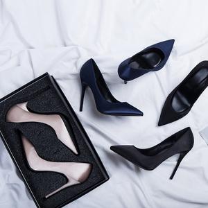 高跟鞋女黑色礼仪职业工作皮鞋尖头细跟绸缎2019新款春秋小ck单鞋