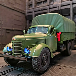 仿真CA10解放卡车模型军事工程运输车合金车模男孩玩具汽车声光