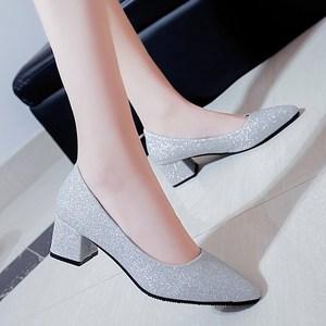 3-5厘米高跟鞋春季2019新款女粗跟百搭宴会少女银色伴娘婚礼鞋子