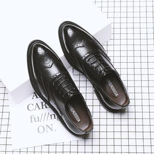 夏季布洛克男鞋韓版英倫潮鞋休閑商務正裝皮鞋男士透氣黑色婚禮鞋