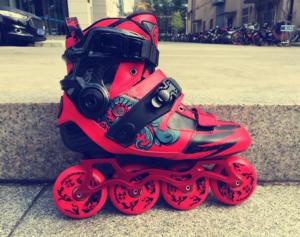 欧晓天哒SHOP滑启PAPAYA狂热分子 ?#20132;?#38795; 碳纤维 一体鞋轮滑鞋