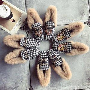 刺绣鞋女冬复古