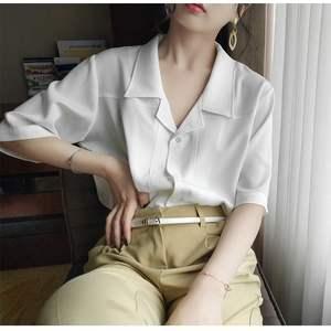 2019新品贤歌莉娅怡雅格格白色西装领短袖衬衫女设计感小众宽松时