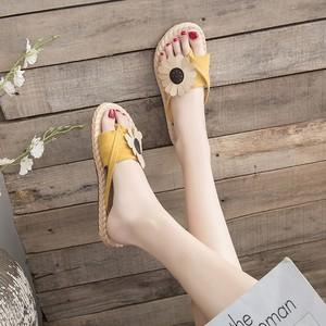 人字拖鞋女外穿2019新款夏季百搭韩版半平底防滑花朵夹趾网红凉拖