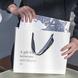 鲸语巧克力宇宙饼干生日简约高档纸袋手提礼品袋送女友男友(补拍