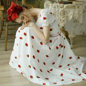 脸儿艺少女情怀 棉布草莓果子刺绣 复古大摆 V领 修身 短袖连衣裙