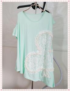 499淑女屋自然元素《桃心梅方》粉绿梅花不对称纯棉针织衫T恤