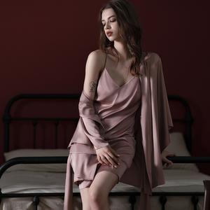 被迫卖睡衣性感吊带睡裙真丝新娘结婚睡袍晨袍浴袍家居服套装女秋