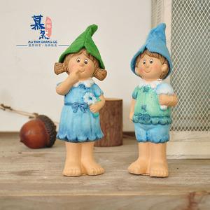 外贸乡村彩绘陶瓷蓝帽娃娃 家居花园趣味场景摆件装饰品孤品