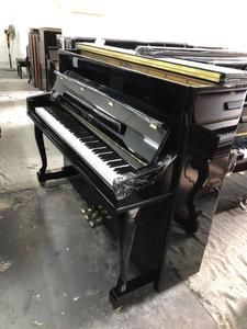 新到貨珠江愷撒堡鋼琴UH118 狀態很新