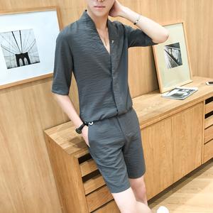 夏季男士棉麻五?#20013;鋞恤深V领纯色衬衣发型师套装?#32972;?#34923;短裤两件套