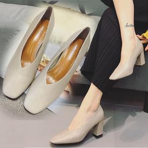 潮牌單鞋女2019春秋新款高跟鞋粗跟女韓版方頭百搭真皮複古奶奶鞋