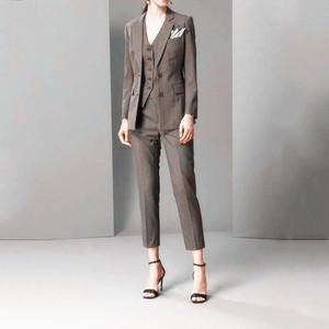 新款2019春复古千鸟格纹西装套装修身显瘦外套马甲裤子三件套