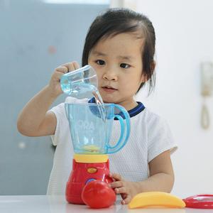 冲冠朵拉厨房小帮手家电组合套装女孩儿童榨汁机果汁机面包机玩具