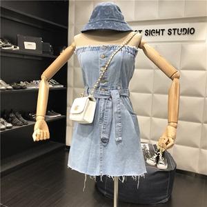 2019夏装新款复古毛边排扣绑带显瘦高腰a字短裙抹胸牛仔连衣裙女
