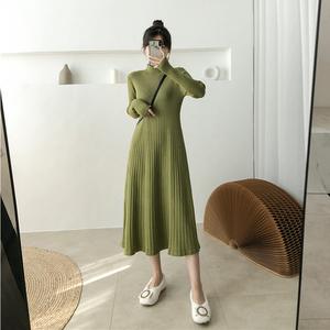 針織連衣裙女裝中長款打底加厚毛衣裙子2019冬季新款過膝收腰長裙