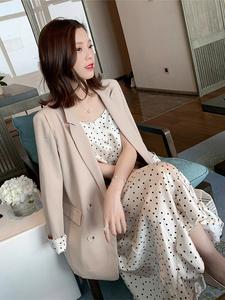 吊带裙西装内搭?#21672;?#23567;西装套裙韩国外套女配吊带裙小香风时髦套装