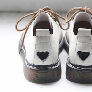 自然卷文艺女鞋软妹学生院风平底小皮鞋日系复古英伦风2019小白鞋