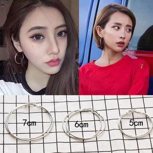 韩国圆圈耳环气质耳圈大圈圈纯银耳钉女个性百搭潮人圆环耳饰耳坠