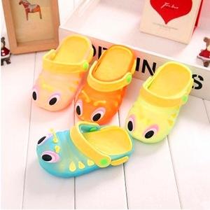 儿童两穿毛毛虫凉鞋洞洞鞋男女童防滑小孩宝宝沙滩鞋室外透气凉鞋