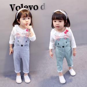 女宝宝春装套装0一1-2-3岁韩版潮女童洋气婴儿童背带两件套4秋装5