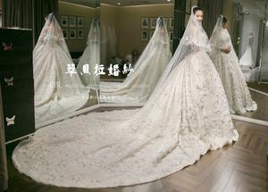 新款一字肩復古宮廷款蕾絲立體花朵緞面婚紗奢華拖尾高端私人定制