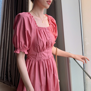 法式木耳邊方領連衣裙女夏新款短袖桔梗泡泡袖粉色氣質顯瘦a字裙