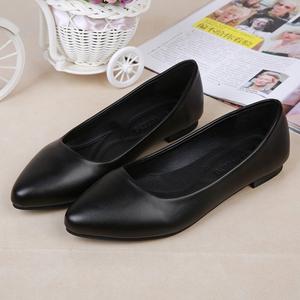 正裝上班酒店防滑工作鞋女黑色平底平跟職業尖頭淺口單鞋春季舒適