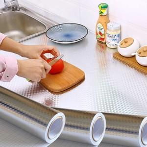 家用廚房防油貼紙防水火潮油煙機拼接餐桌柜體自粘背膠防霉耐臟