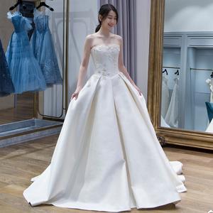 思姿凱復古緞面婚紗2019新款簡約抹胸赫本顯瘦長拖尾公主宮廷夢幻