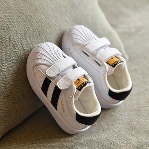 寶寶小白鞋男嬰兒鞋子軟底學步鞋0一1歲小童鞋女童貝殼頭板鞋春秋