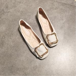 平底方頭單鞋女淺口平跟方扣豆豆鞋百搭軟底媽媽鞋舒適上班鞋春秋