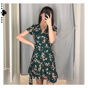 外贸女装欧美品牌尾货代工厂原单剪标折扣清仓法式复古碎花连衣裙