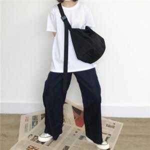 单肩尼龙帆布斜挎包纯色大容量旅行包运动健身电脑包学生书包男女