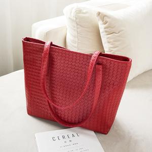 新品时尚休闲大红色女包新娘结婚包大容量手提包纯色单肩包大包包
