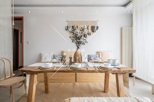 北歐服裝店木桌中間擺放原生態自然邊桌創意泡茶木頭桌長方形餐桌
