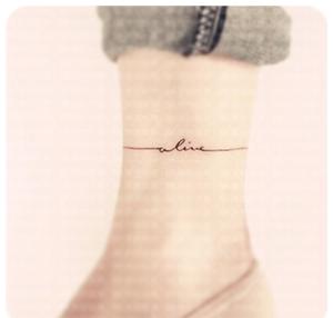 原创alive英文纹身贴纸情侣刺青创意纹身贴防水字母纹身贴纸