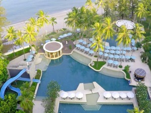 Outrigger Laguna Phuket Beach ResortClub Lagoon View_大床