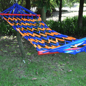 网状带木棍吊床户外室内外帆布彩虹条渔网秋千树床