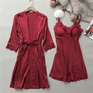 维多利亚真丝结婚睡衣两件套装家居服红色长袖睡袍性感吊带睡裙女