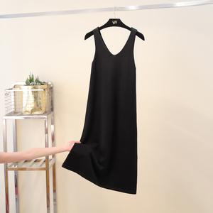 吊带裙2019新款宽松秋装女针织连衣裙V领显瘦打底长款黑色背心裙