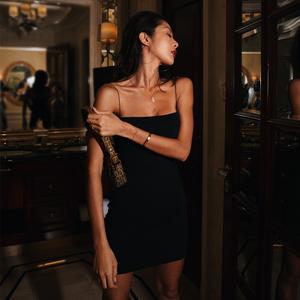 ITSNIKAR吊带连衣裙欧美修身性感紧身打底包臀裙女外穿黑色抹胸裙