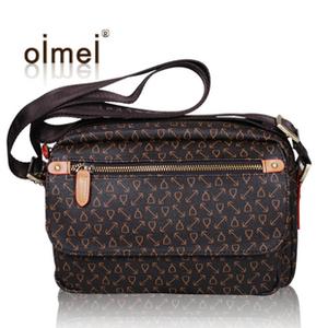 意大利欧米女包/oimei 2013新款单肩斜挎包中老年休闲背包财务包
